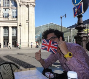 Eloi outside Gare du Nord
