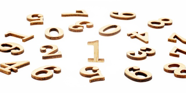 Wooden-number-blocks-22089797-copy
