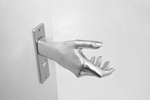 handshake-door