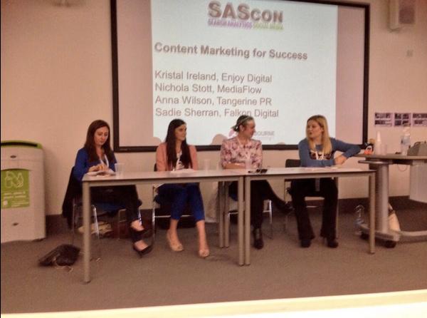Sascon-LauraGordonComm-Girl-panel