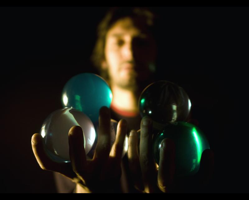 Juggling balls image