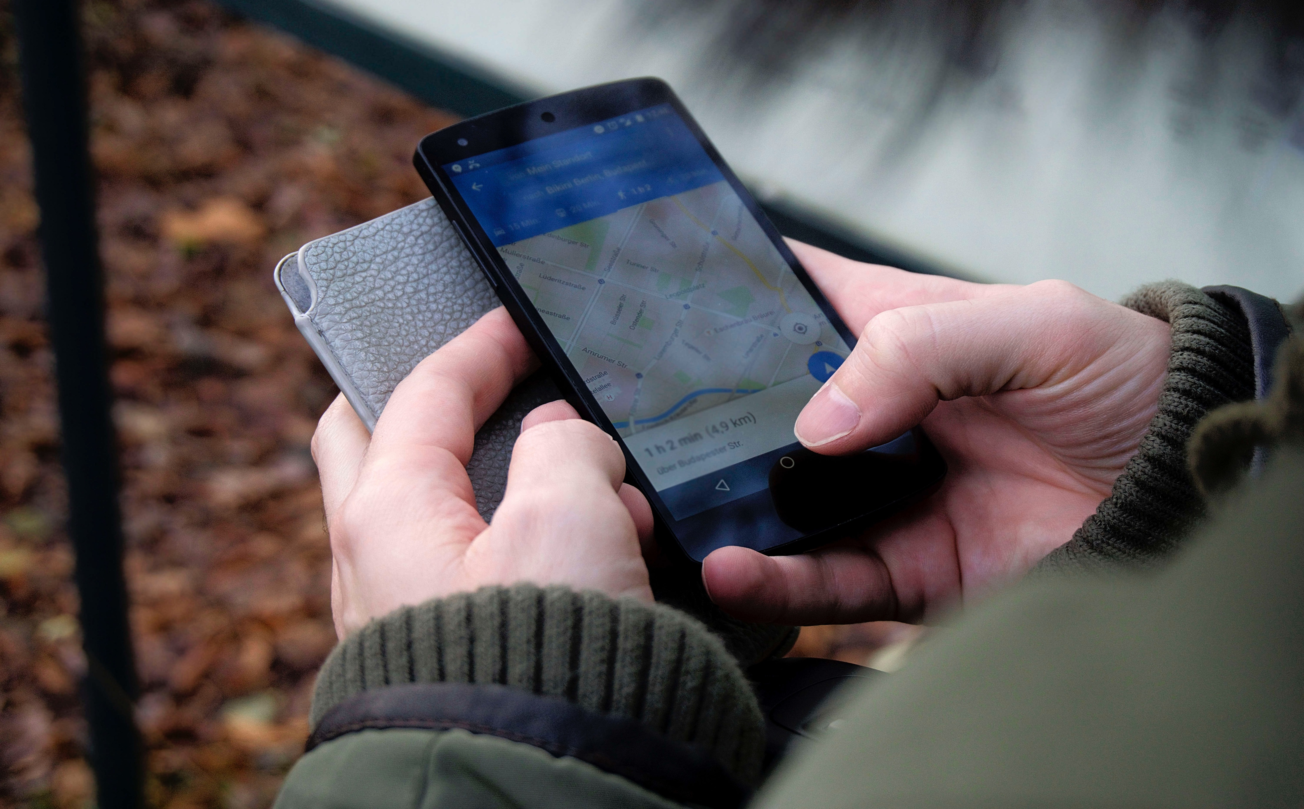 Hyperlocal optimization - Google maps on mobile phone